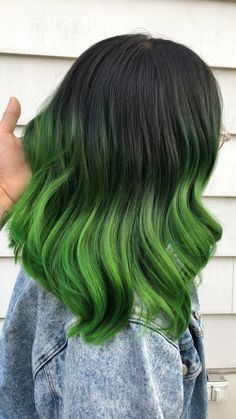 Emerald green balayage on mid length hair Blue Hair balayage Emerald Green hair Length Mid Green Hair Streaks, Green Hair Ombre, Short Green Hair, Emerald Green Hair, Green Hair Colors, Black And Green Hair, Dark Green Hair Dye, Mint Hair Color, Mint Green Hair