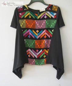 .tenun kombinasi Batik Fashion, Diy Fashion, Womens Fashion, Fashion Design, Blouse Batik, Batik Dress, Modest Fashion, Fashion Dresses, Nightgown Pattern