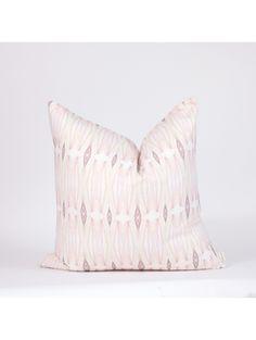 Nakuru Pillow 102