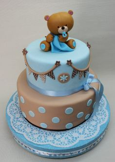 30 Cool Baby Shower Cake Ideas For Your Baby Boy - babyideaz Torta Baby Shower, Teddy Bear Baby Shower, Baby Shower Cakes For Boys, Tea Party Baby Shower, Baby Shower Winter, Boy Baby Shower Themes, Baby Shower Balloons, Baby Shower Printables, Baby Boy Shower