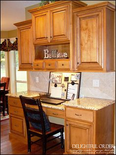 DIY Kitchen Command Center (from Delightful Order) No cabinets above. Shelving for cookbooks Kitchen Desk Areas, Kitchen Wall Cabinets, Kitchen Desks, Kitchen Office, Diy Kitchen, Order Kitchen, Kitchen Dining, Kitchen Drawers, Upper Cabinets