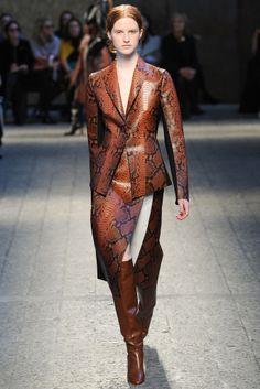 #Sportmax #FW2014_15 #trends #leather #Catwalk #MFW #Milan
