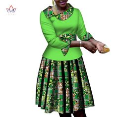 African Women Clothes long Sleeves Print Tops and Skirt Sets Bazin Riche African Clothing 2 Pieces Customize Skirts Sets Short African Dresses, African Blouses, Latest African Fashion Dresses, African Print Fashion, African Print Dress Designs, Ankara Designs, African Fashion Traditional, Casual Dresses For Women, Clothes For Women