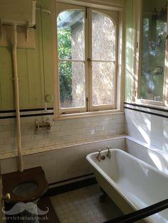 Victorian Edwardian bathroom interior at the Honeywood Museum, Carshalton, London, . Edwardian Bathroom, Vintage Bathrooms, 1920s Bathroom, Luxury Bathrooms, Modern Master Bathroom, Small Bathroom, Navy Bathroom, Ikea Bathroom, Minimalist Bathroom
