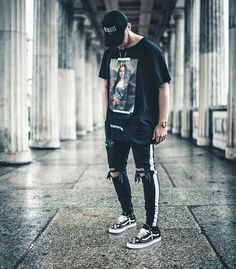 7 Proud Cool Tips: Urban Fashion Male Casual urban wear streetwear style.Vintage Urban Fashion Shoes urban wear for men coats. Fashion Male, Black Women Fashion, Trendy Fashion, Fashion Ideas, Fashion Quotes, Womens Fashion, Fashion Brands, Vans Fashion, Urban Fashion Women