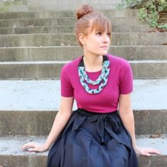 Upcycle your old fabric remnants into this braided jersey statement necklace.