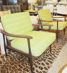 mid century chairs mom got a pair just like this for ten at a yard sale the bet find ever