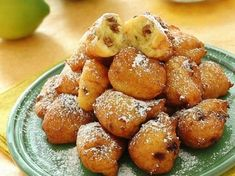 Frittelle con uvetta Una ricetta facile e buonissima finalmente!