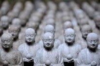Jizo statuettes at Hasedera. Read: http://dest.asia/HhU7Zd