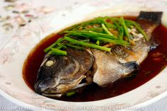 Steamed Telapia in ginger soy sauce    http://casaveneracion.com/steamed-whole-tilapia-ginger-soy-sauce/