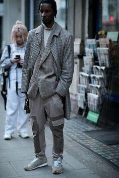 London Fashion Week Men's Street Style From London - Street Style Menswear - # London Fashion Weeks, Stylish Mens Fashion, Best Mens Fashion, London Mens Fashion, Stylish Menswear, Cheap Fashion, Latest Fashion, Fashion Online, Urban Fashion Trends