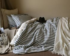 Pinstriped linen bedding. Gray and White by HouseOfBalticLinen