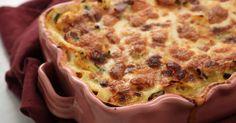 En vegetarisk lasagne på en härlig grönsaksragu med zucchini, morot, mangold och tomater och en bechamelsås på getost.