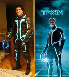 Sam Flynn Suit from TRON Legacy  http://www.instructables.com/id/Sam-Flynn-Suit-from-TRON-Legacy/?ALLSTEPS <- tutorial