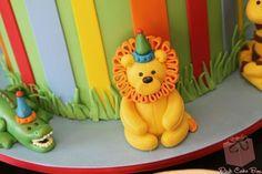 James's Birthday Dessert Table Easy Birthday Desserts, Dessert Table Birthday, Pink Cake Box, James 1st, Making Fondant, Decorator Frosting, Fondant Animals, Animal Cakes, Ice Cream Desserts