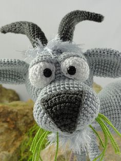 Amigurumi Crochet Pattern Gus the Goat English Version Animal Knitting Patterns, Amigurumi Patterns, Amigurumi Doll, Crochet Patterns, Carrie, Pattern Pictures, Yarn Bombing, Crochet Animals, Crochet Dolls