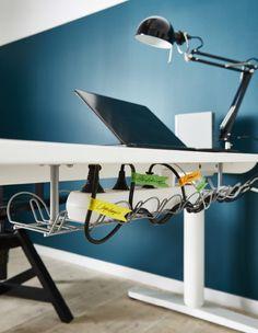 Évitez les câbles emmêlés en identifiant chacun avec une étiquette de couleur