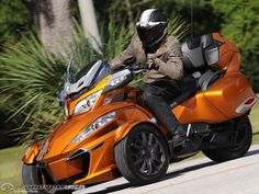 """I'm seeing more of these on the road these days.  """"2014 Can-Am Spyder RT"""""""