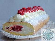 The Perfect Pavlova Recipe. No Bake Desserts, Easy Desserts, Delicious Desserts, Sweets Cake, Cupcake Cakes, Easy Banana Cream Pie, Instant Banana Pudding, Baking Recipes, Cake Recipes