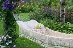 of course! Every lake needs a hammock surrounded by a beautiful (bee-free) garden ;-)