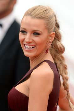 Pin for Later: 23 Times Blake Lively Proved She Had the Best Hair in Hollywood 2014 At the 2014 Cannes debut of Grace of Monaco, Blake looked stunning in a braided ponytail. Holiday Hairstyles, Cool Hairstyles, Hairstyle Ideas, Hairstyle Photos, Hairstyles 2016, Beautiful Hairstyles, Celebrity Hairstyles, Blake Lively Braid, Beach Blonde Hair