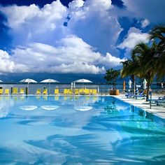 The Standard Miami - Best Miami Beach Boutique Hotel Venetian Islands