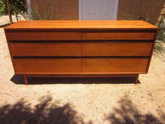Los Angeles: SLEEK RETRO MID-CENTURY DRESSER $275 - http://furnishlyst.com/listings/332087