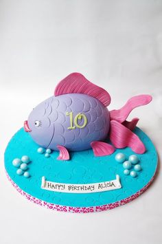 "Make a ""Rainbow Fish"" Cake out of this design?"