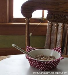 Two sets of instructions for microwaveable bowl cozy or potholder