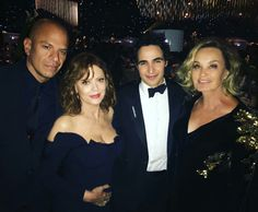 Susan Sarandon and Jessica Lange at the Emmys Governors Ball Jessica Lange Ahs, The Emmys, Susan Sarandon, Celebrity Look, Celebs, Celebrities, American Horror Story, Horror Stories, Love Of My Life