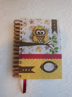 Minha agenda 2014. Com coruja, é lógico!!! Amo!!!! Book Projects, Crafty Projects, Fun Projects, Mini Albums, Scrapbook Cards, Scrapbooking, Altered Composition Books, Planners, Paper Crafts