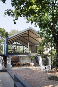 Image 1 of 22 from gallery of Create Café / Nadine Engelbrecht Architect. Photograph by Marsel Roothman Photography