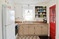 """Ok so I'm pretty sure my current cabinets are exactly the same as her """"before"""" cabinets. This is perfect!"""