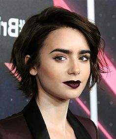 Medium, Beachy Waves with Ombre Highlights - 40 On-Trend Balayage Short Hair Looks - The Trending Hairstyle Bobs For Thin Hair, Short Hair With Bangs, Short Hair Cuts, Short Hair Girls, Short Pixie Haircuts, Short Bob Hairstyles, Hairstyles With Bangs, Lily Collins Short Hair, Lilly Collins Hair