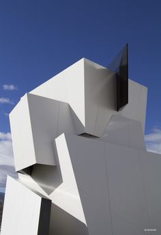 #architecture : Libeskind Designs [Future Architecture: http://futuristicnews.com/category/future-architecture/]