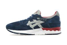 For its latest set of exclusives, the UK's JD Sports has linked up with ASICS to offer GEL-Lyte V fans a couple of brand new takes on the sleek runner. Boasting clean combinations of mesh and suede. Asics Gel Lyte, Jd Sports, Of Brand, Black And Navy, Sport Fashion, Two By Two, Spring Summer, Pairs, Sneakers