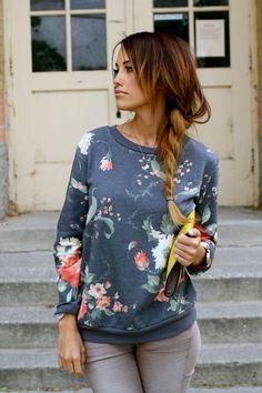 Fashion Floral Printing Knit Sweatshirt