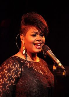 Image from http://ionetheurbandaily.files.wordpress.com/2011/06/jill-scott-microphone.jpeg.