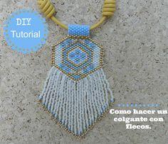 DIY tutorial como hacer un colgante con flecos de peyote