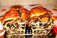 See related links to what you are looking for. Romanian Desserts, Romanian Food, Desert Recipes, Gourmet Recipes, Cookie Recipes, Delicious Deserts, Good Food, Yummy Food, Just Bake