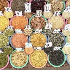 #olddelhi #market #food #spices #beans #colour