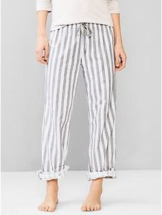 Woven cotton roll-up pants | Gap