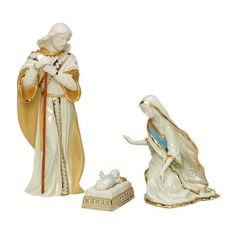 Lenox First Blessing Porcelain 3-Piece Hand-Painted Nativity Set, Holy Family Lenox http://www.amazon.com/dp/B000632I7E/ref=cm_sw_r_pi_dp_4Hgnub1FAK3N3