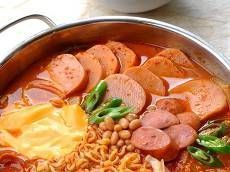 Best Camping Food Ideas No Refrigeration Info - The Outdoor Life Way K Food, Good Food, Best Camping Meals, I Want Food, Asian Recipes, Ethnic Recipes, Food Hacks, Food Tips, Korean Food