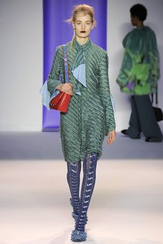Marco de Vincenzo Fall 2016 Ready-to-Wear Collection Photos - Vogue