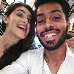 Hardik with his sis Ms Dhoni Wallpapers, India Cricket Team, Team Schedule, Heat Fan, Mumbai Indians, General Knowledge Facts, Famous Celebrities, Celebs, Female Friends