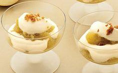 Æbledessert Står den på dessert i aften, så prøv denne opskrift på en lækker æbledessert med vanilje og makroner. Æbler af sorten coxorange kan med fordel bruges til at sætte mundvandet i gang.