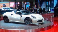 Alfa Romeo previews 4C Spider, production slated for 2015