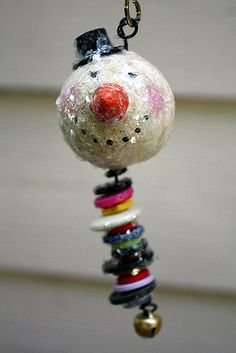 TopHat Snowman Ornament | This cute ornament is made of pape… | Flickr