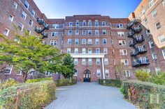 Check out this one of a kind opportunity!  http://www.defalcorealty.com/listing/1104244-140-e-2nd-st-2l-windsor-terrace-brooklyn-ny-11218/  #realestate #hometrends #homesforsale  #nyc